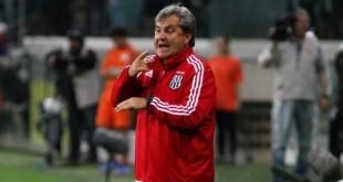 Gilson Kleina durante o jogo entre Palmeiras x Ponte Preta realizada no Allianz Parque na Zona Oeste de São Paulo (SP). A partida é válida pela segunda partida da Semifinal do Campeonato Paulista 2017.