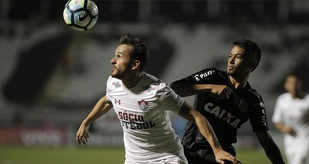 Lucca (D), jogador da Ponte Preta, durante partida contra o Fluminense, válida pela décima sétima rodada do Campeonato Brasileiro 2017.